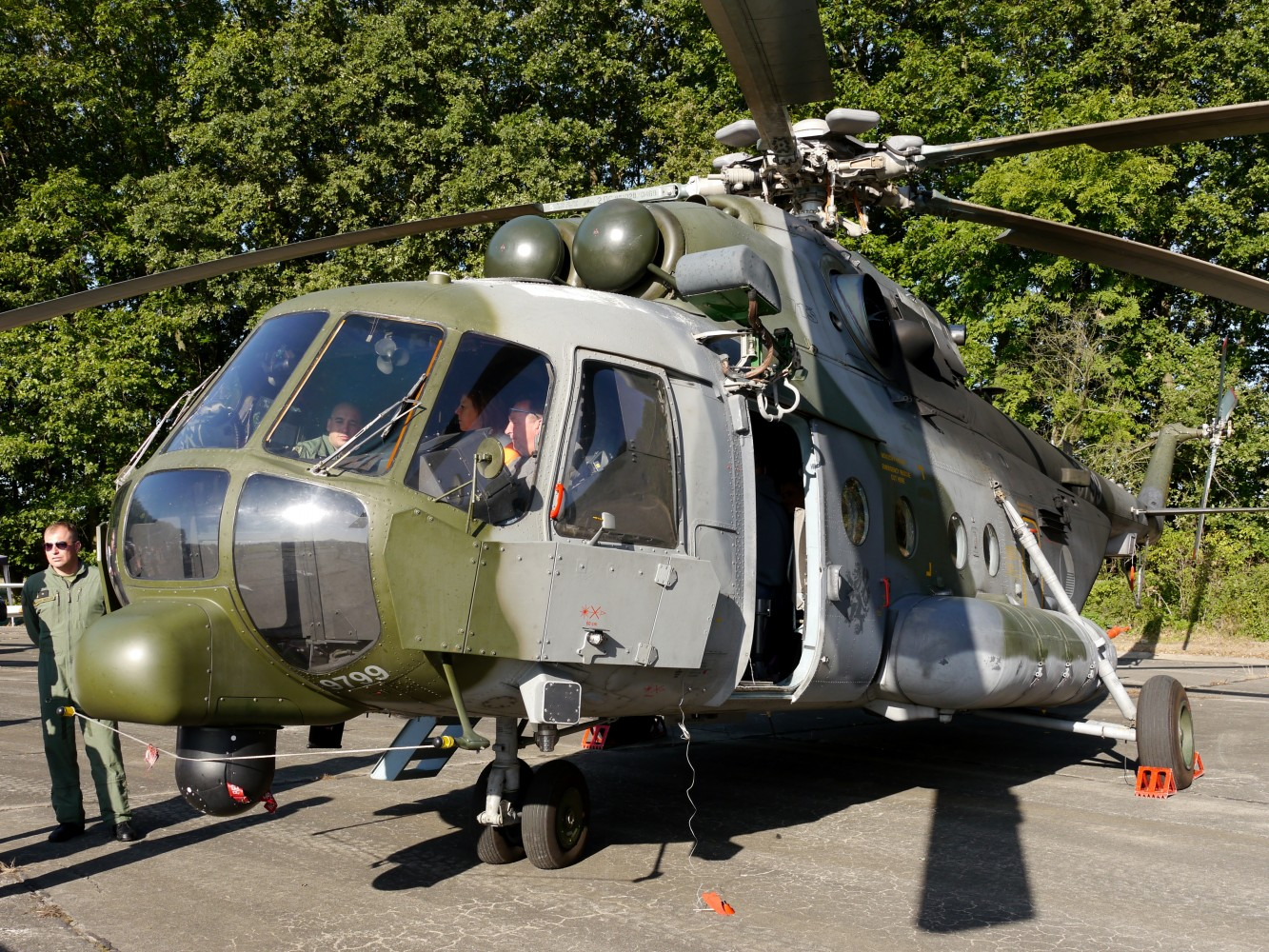 Kliknij obrazek, aby uzyskać większą wersję  Nazwa:Mi-171š.jpg Wyświetleń:15 Rozmiar:529,2 KB ID:224066