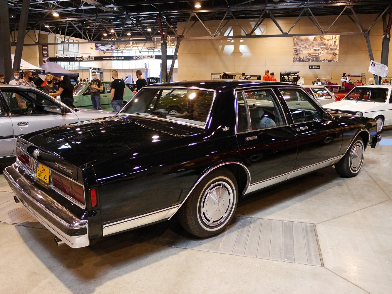 Kliknij obrazek, aby uzyskać większą wersję  Nazwa:Chevrolet Caprice.jpg Wyświetleń:70 Rozmiar:384,2 KB ID:232338