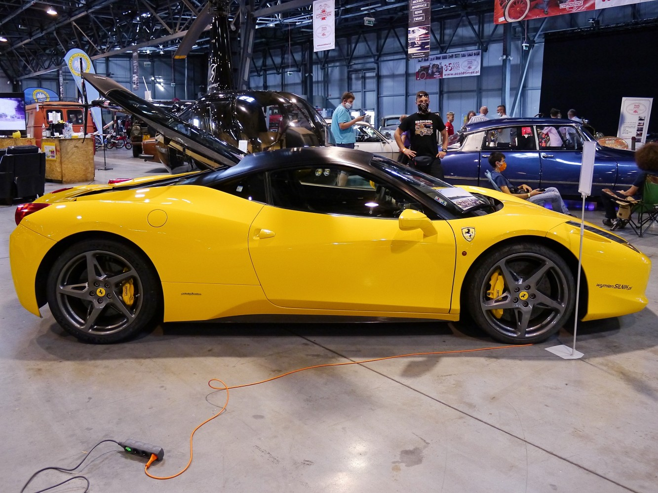 Kliknij obrazek, aby uzyskać większą wersję  Nazwa:Ferrari 458.jpg Wyświetleń:60 Rozmiar:343,2 KB ID:232440