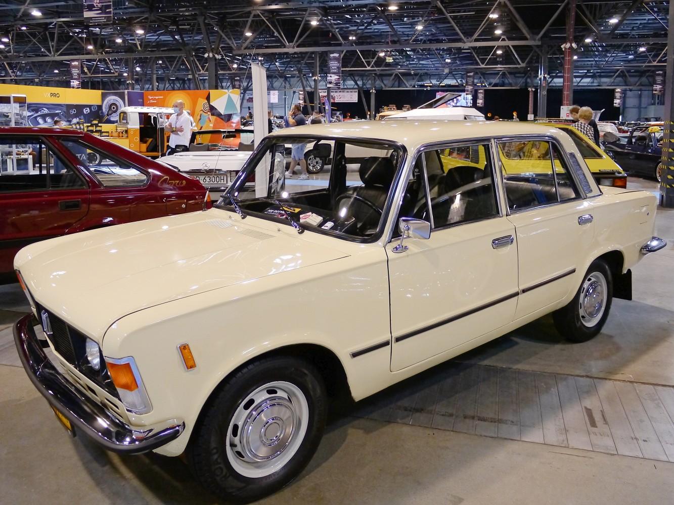 Kliknij obrazek, aby uzyskać większą wersję  Nazwa:FIAT 125p (1).jpg Wyświetleń:42 Rozmiar:362,2 KB ID:232501