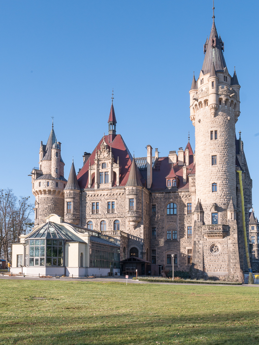 Kliknij obrazek, aby uzyskać większą wersję  Nazwa:Pałac z oranzeria I-1280716.jpg Wyświetleń:270 Rozmiar:719,4 KB ID:228884