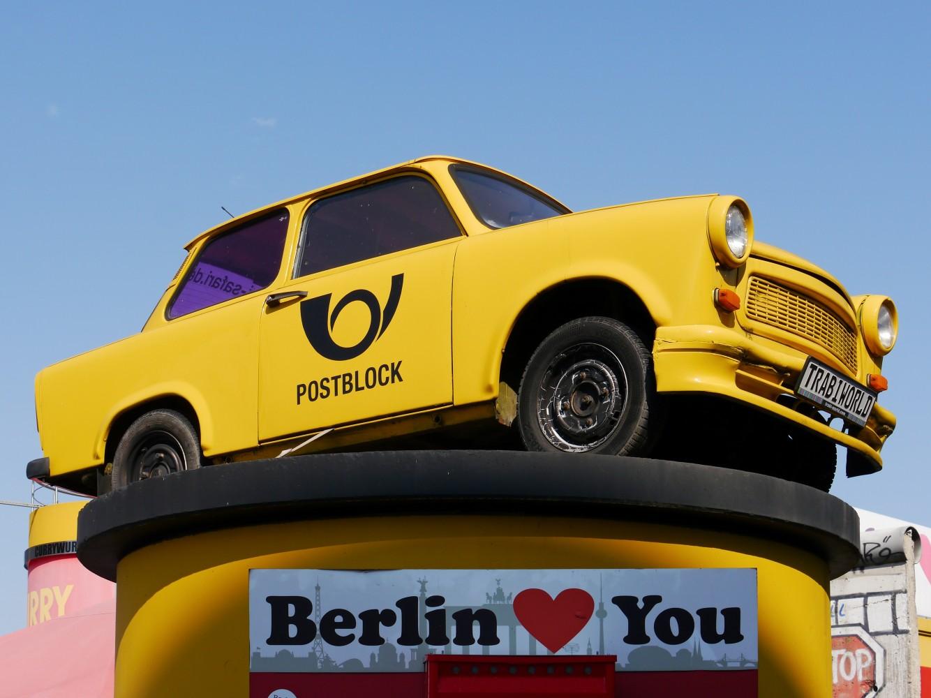 Kliknij obrazek, aby uzyskać większą wersję  Nazwa:Trabant 601.jpg Wyświetleń:26 Rozmiar:193,5 KB ID:229560