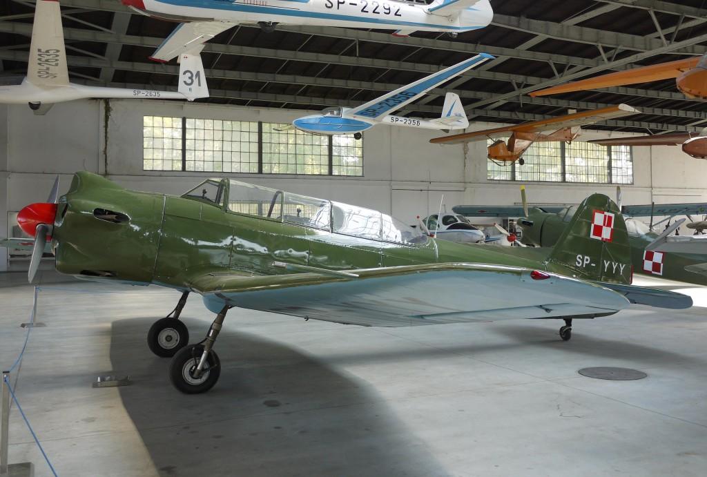 Kliknij obrazek, aby uzyskać większą wersję  Nazwa:Jak-18 (1).jpg Wyświetleń:217 Rozmiar:167,0 KB ID:108194